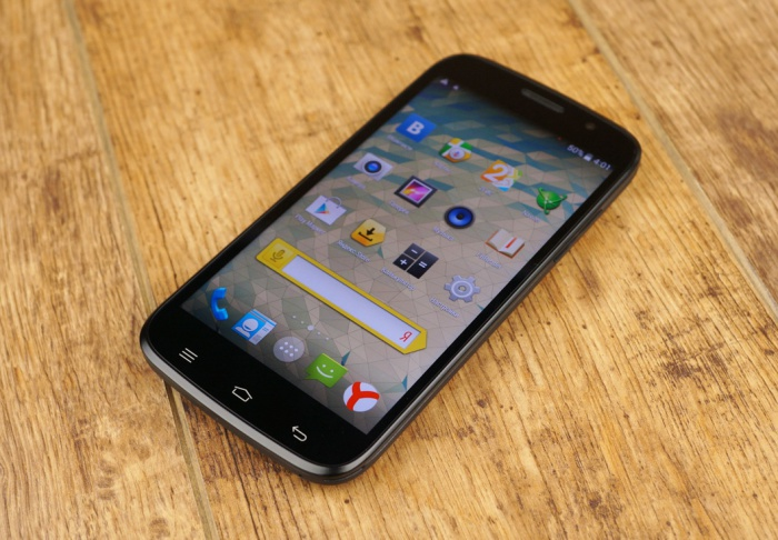 Семь часов игры на смартфоне – реально с DEXP Ixion