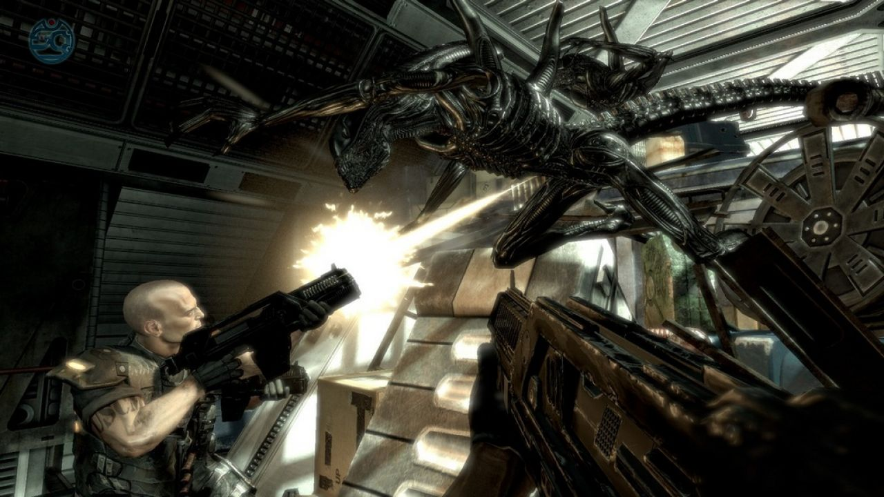 ������ (������� 2009) � ���� Aliens vs. Predator (2010)