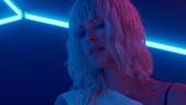 Шарлиз Терон дерётся как Джейсон Борн в финальном трейлере «Взрывной блондинки»