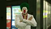 Весь сентябрь клоун в ремейке Yakuza Kiwami будет выдавать вам бесплатные DLC