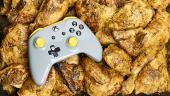 Microsoft выпустила «жироустойчивый» контроллер для тех, кто ест курочку за Xbox One