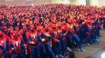 Marvel и Sony побили рекорд по самому большому числу людей-пауков в одном помещении