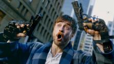 Боевик «Безумный Майлз» всё-таки сменит русское название на «Пушки Акимбо». Смотрите дублированный трейлер