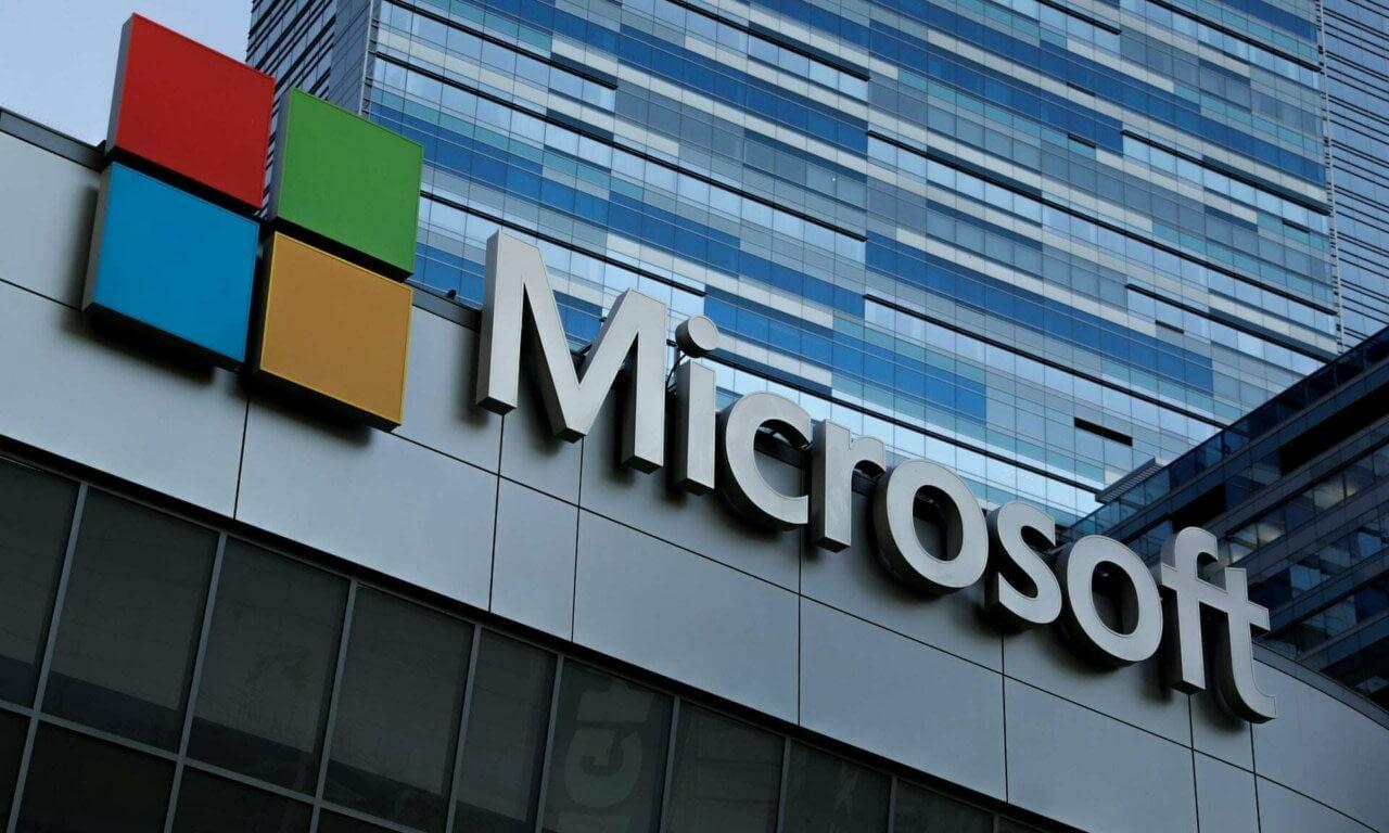 Программист украл у Microsoft более $10 000 000 при помощи подарочных карт Xbox