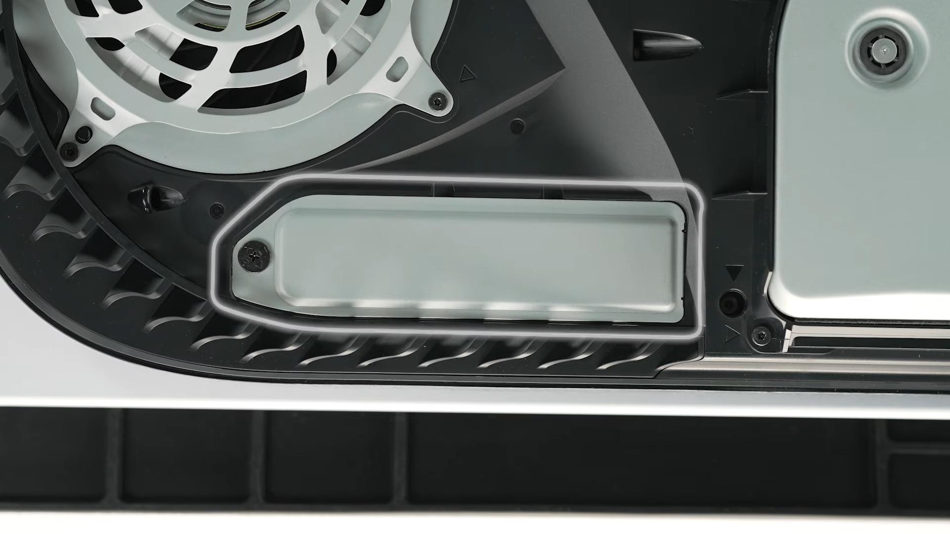 Завтрашнее обновление для PlayStation 5 включит поддержку дополнительного SSD