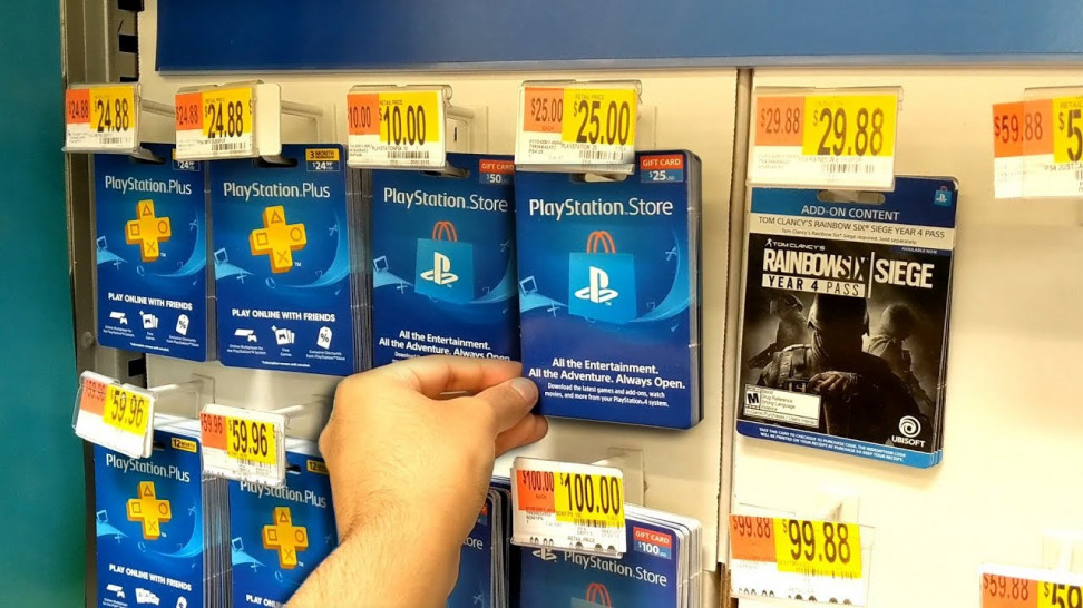 Игроки изСША иЗападной Европы нередко жалуются, что «цифра» оказывается дороже, чем розничная копия. Отчасти поэтому некоторые изних досих пор предпочитают диски.