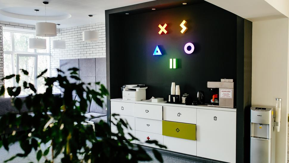 Оператор игровых платежей Xsolla увольняет 147 человек чудовищно нелепым образом