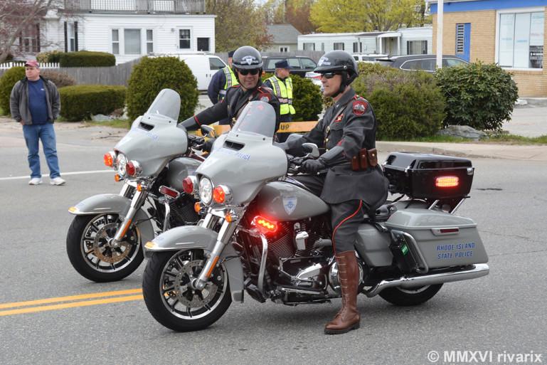 <i>Полицейские на мотоциклах</i><br>