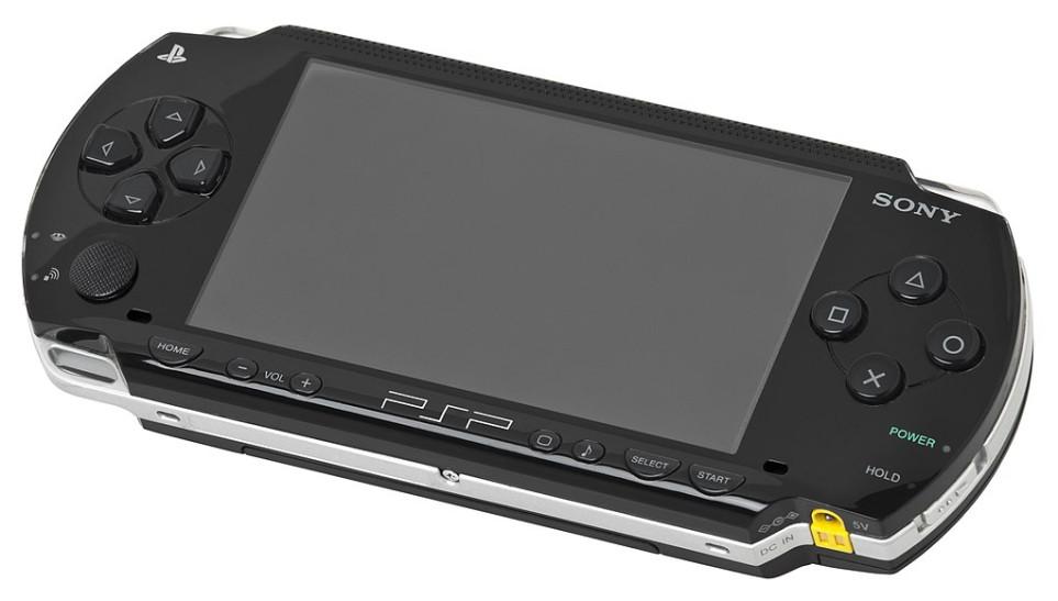 Playstation Portable — народная консоль