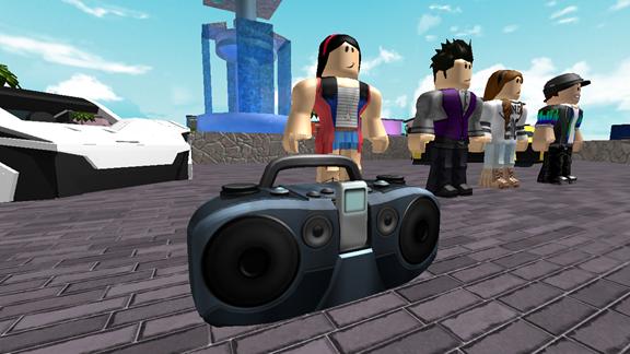 Игроки могут слушать музыку через бумбоксы.
